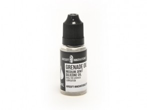 Photo Huile Premium 15 mL pour grenades Airsoft Innovations